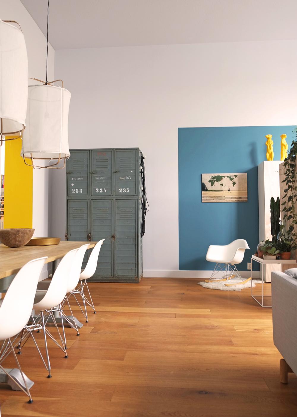 Een grote eettafel pimpelwit styling interieurontwerp en styling advies - Interieurontwerp thuis kleur ...