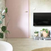 verbouwen of verhuizen-pimpelwit-interieurontwerp-keuken-woonkamer-trap-Flexa-FlexaNL-LetsColour-styling-ShowHome