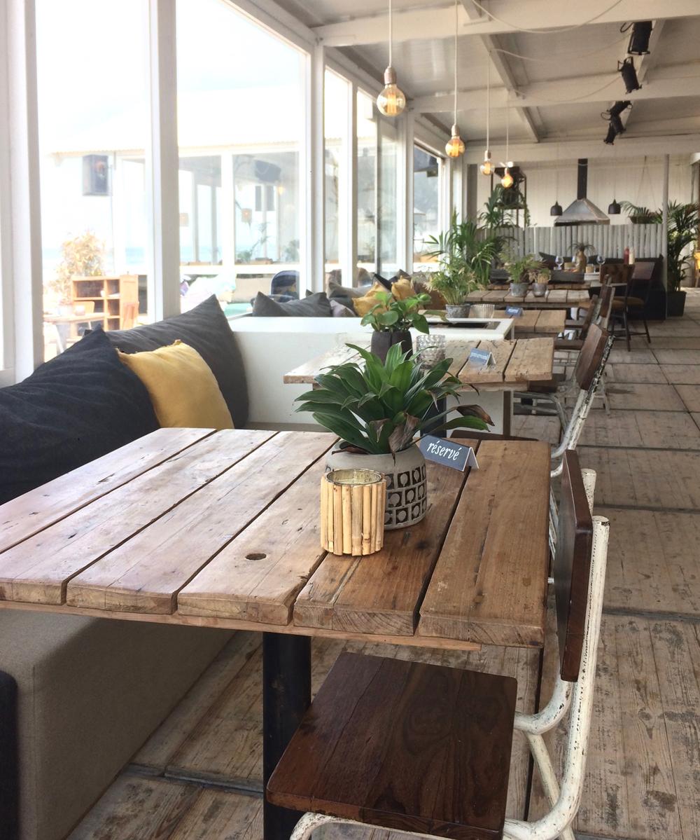 strandpaviljoen-styling-zandvoort-hippiefish-pimpelwit-tafel-showhome